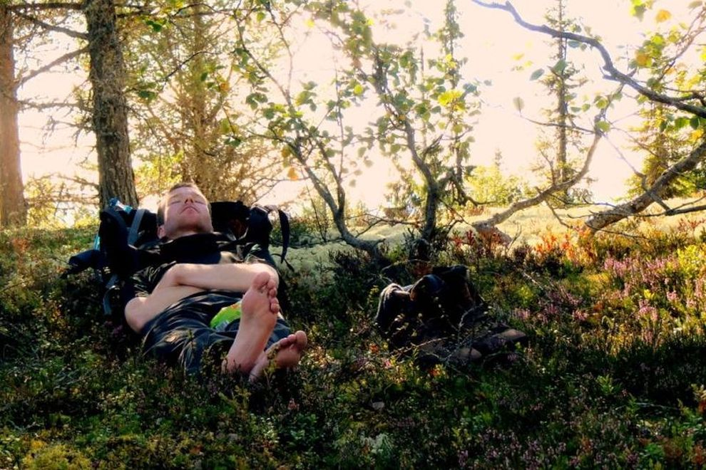 Wilderness Trekking: Nap in a Nature Paradise (picture)