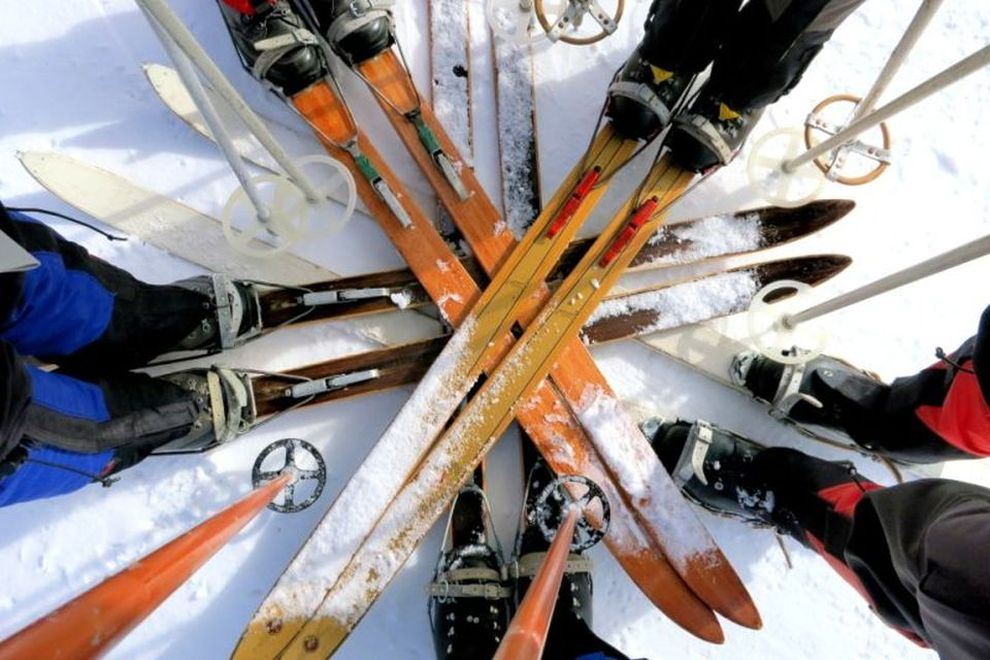 Perfect Backcountry Skis: Traditional Wooden Skis (picture)